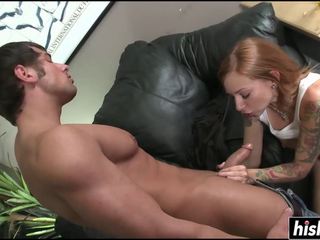 Scarlett Pain loves to ride his shaft