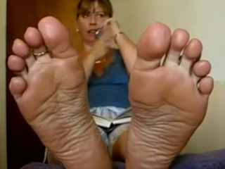 Sexy Girl shows off her Soles