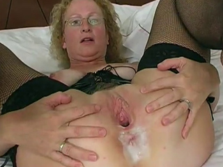 Mature slut gangbanged and creampied.